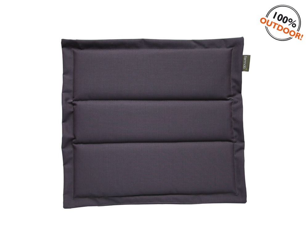 The Basics outdoor cushion for Luxembourg seats – Plum