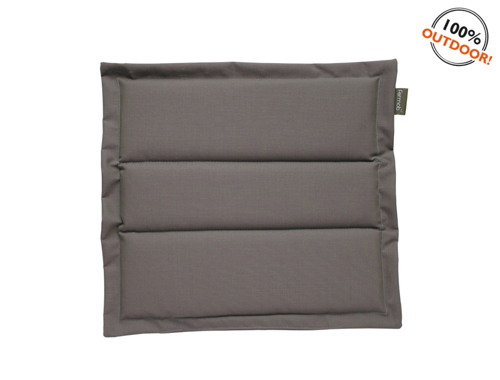 The Basics outdoor cushion for Luxembourg seats – Taupe