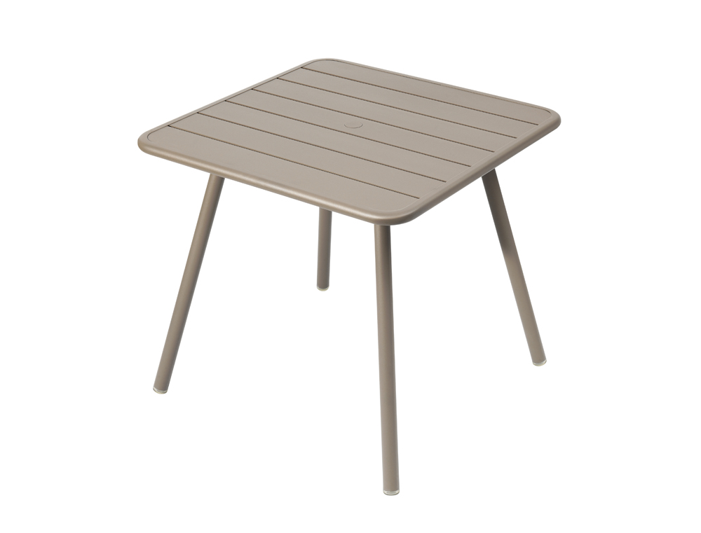Luxembourg table 80 x 80 with 4 legs – Nutmeg